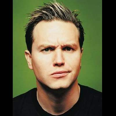 mark-hoppus-blink-182.jpg